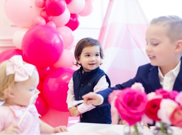 full-time-nanny-Ohio-pink-nannies